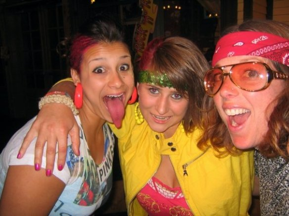 Zoe, Corrie and Cara, back in the day (Woodleaf, 2008).