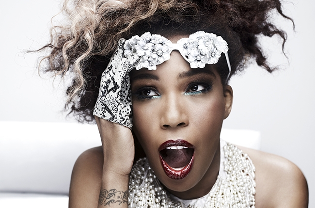 Macy Gray.  Photo cred: Billboard.